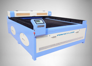 الصين CE LCD Industrial Screen co2 laser engraving cutting machine with Chiller 5000/5200 Or 6000 المزود